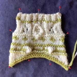 「編物検定」今年は何色にする?実技で使用した毛糸を、今回は色中心に紹介します。
