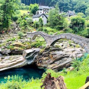 🇨🇭ワクチン証明ゲット後の週末旅行1日目前半〜美しすぎるヴェルザスカ渓谷とスイスのイタリア語圏Ascona (アスコナ)