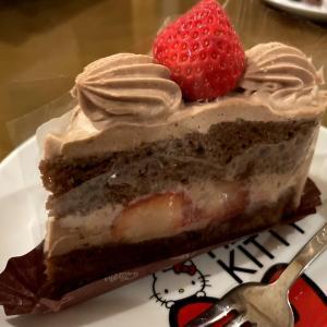 再び交野の「シャトレーゼ」のケーキ食べました!