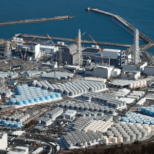 日本政府、福島原発処理水の海洋放出を表明