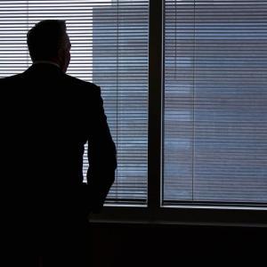 営業の仕事が辛い、辞めたい。つらいのは営業の仕事?それとも○○?~営業の仕事を辞めたい理由~