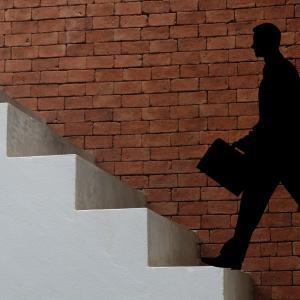 法人営業の魅力と成長する担当者、成長しない担当者の2つの特徴