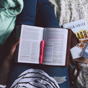 【やらなきゃ損】大学生でもブログで稼げる?【結論:余裕です】