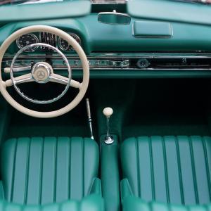 車の内装部品、部位名称一覧。初心者にもわかりやすく解説