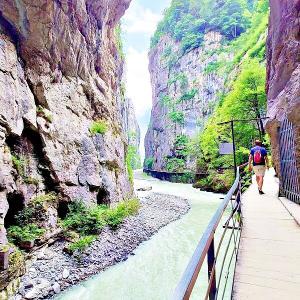 【スイス観光】夏の避暑地、アーレ峡谷のスリルと迫力を味わおう