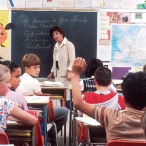 (辛口)留学したら、語学学校って行った方がいいの?意味あるの?【TOEIC 955点が語る】