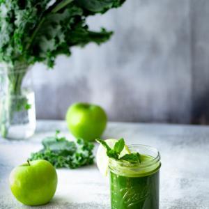 40歳越えたら青汁を飲むのは当たり前 健康とダイエットなら青汁で決まり!!