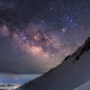 【ライブ・動画・画像あり】こと座流星群ピークに注目 天体ファンが流れ星に願い事