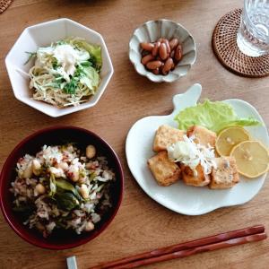 *ひよこ豆豆腐のサイコロステーキとチリコンカン風炊き込みご飯