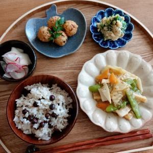 4/21*赤えんどう豆の炊き込みご飯、揚げたけのこ団子、八宝菜、ひよこ豆豆腐の白和え
