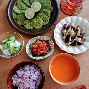 9/13*ピーマン餅、梨と胡瓜のサラダ、もやしと赤ピーマンの韓国風和え、茄子とアボカドの生姜だれ