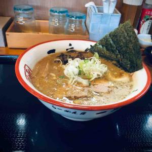 七飯町峠下に店舗のある「函館麺や一文字」さんにてラーメンをキメてきました