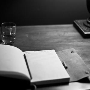 【人生を変える手帳術】システム手帳を使って重要だけど緊急じゃないことに集中して生きていく