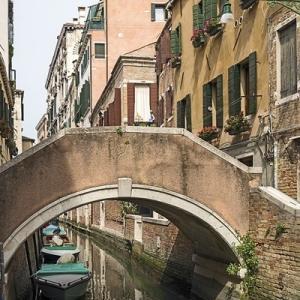 ・ ヴェネツィア  オッパイの橋と、 あれこれ掘り出しの・・
