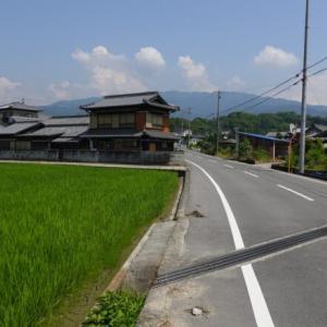 香川の西讃を征く旅、雲辺寺山頂と西洋の古城(琴平→観音寺)