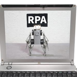 RPAで督促作業の効率化を図る
