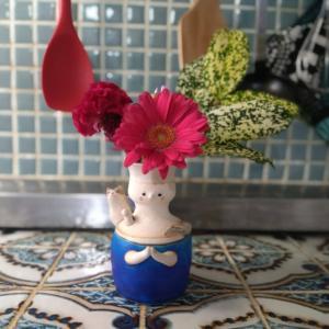 ポストに届く小さな花が、生活を潤してくれる
