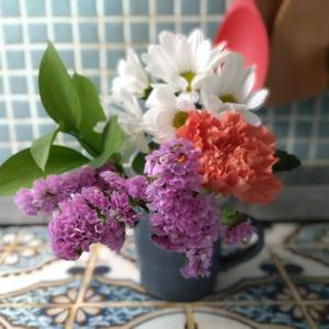 bloomeeで毎週ポストに花が届きます-PR
