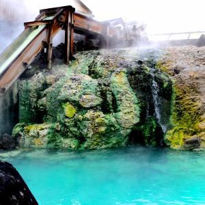 温泉は飲んでも体に良い!『温泉水』の効果とは?