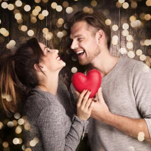 モテる女性の恋愛心理学12選|恋活・婚活におすすめ「男性へのアプローチ方法を伝授