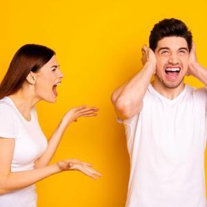 「彼氏から連絡がこない時」の正しい対処法とは? 男性が嫌がる彼女の行動&男性心理を徹底解説