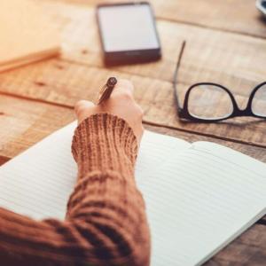 仕事や日常で役立つ「記憶に残るメモの取り方」をご紹介|コツやテクニックを知れば誰でもできる!