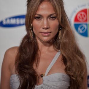 Ben Affleck praises Jennifer Lopez's influence on the world