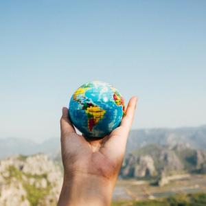 【全世界株式インデックスファンド】国・地域別の投資割合の違い