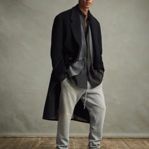 99%の人は知らない。「パンツを履く高さ」で着こなしに圧倒的な差が出る【腰パン】