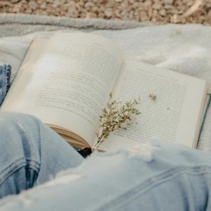 片づけが気楽にできる、おすすめの本を4冊ご紹介します!