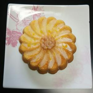 この夏流行のレモンを使った簡単焼き菓子「ウィークエンド」のご紹介です!