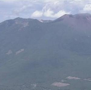 【浅間山】噴火警戒レベル2→1に引き下げ。