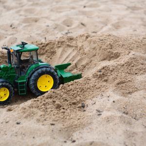 もう散らからない!砂遊び専用の砂「キネティックサンド」を購入しレビュー