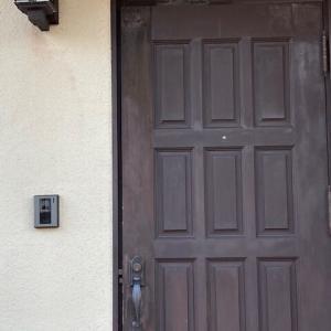 サムラッチ玄関ドアのセルフリフォーム