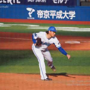 石田健大 8回にリリーフ登板 失点なし 日本ハムファイターズ戦