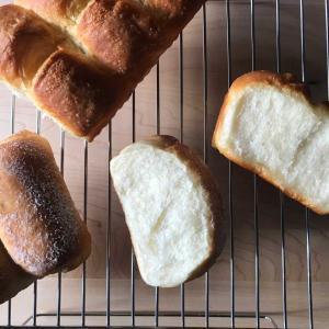 捏ねないはちみつ入りパン