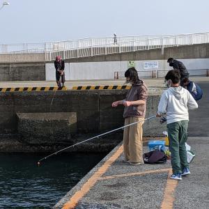 ★ ① 湘南 江ノ島へ 表磯にて ヤバいあいつを釣ってしまった件 (;'∀')  ①