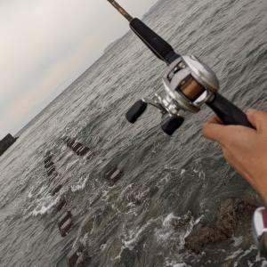 ★ ② 逗子海岸サーフで釣り少年との出逢い ② 💛 ♬~ ルアーを出したところから 、サイコーの友情物語だぜ!♬