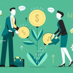 投資信託 つみたてNISA 20年間積み立てたら、老後資金はいくらになる?
