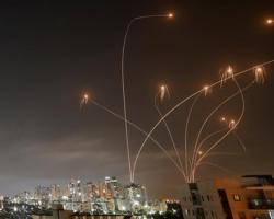 イスラエルの防空迎撃システム「アイアンドーム」カッコ良すぎるwwwwwwwwwwwwwww