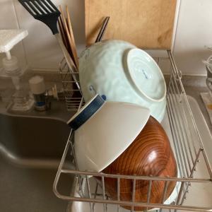 食器を拭くのをやめた