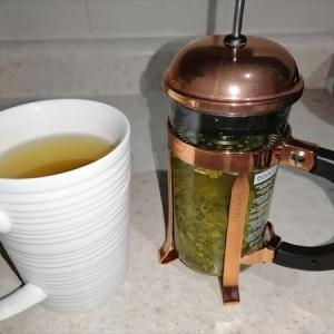 緑茶をフレンチプレスで淹れる