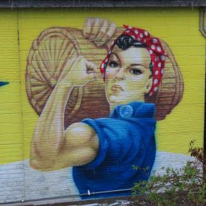 「米 けっ!」青森で見つけた強烈な壁画!