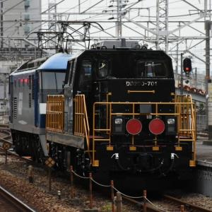 黒いDD200の甲種輸送!