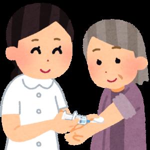 ワクチン接種に挑む高齢の母