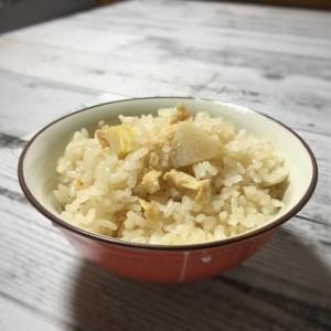 朝から大雨で気温20℃越え / たけのこご飯