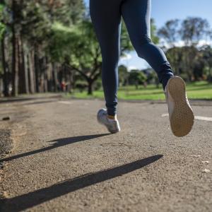 リモートワークで運動不足に!簡単に解消できる方法10選
