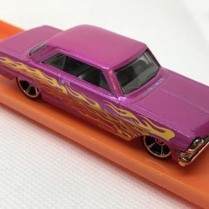 ブリバリ '63 CHEVY II / FLAMES / ホットウィール