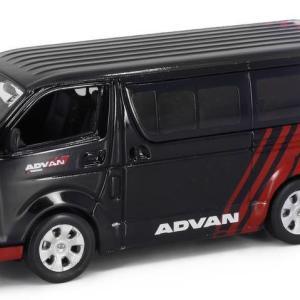1/43 Tiny トヨタ ハイエース Advan