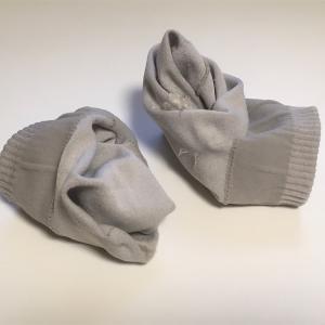 """旦那が脱いだ靴下を丸めて洗濯に出すことへの""""平和的""""対処方法"""